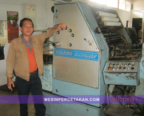 mesin cetak koran Roland Favorit